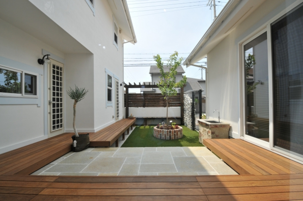 中庭|庭を室内に取り込む内外部一体設計 ~ガーデン設計室 GABA~