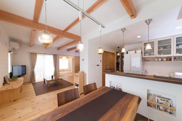 キッチン・リビング・ダイニング・和室つながった空間