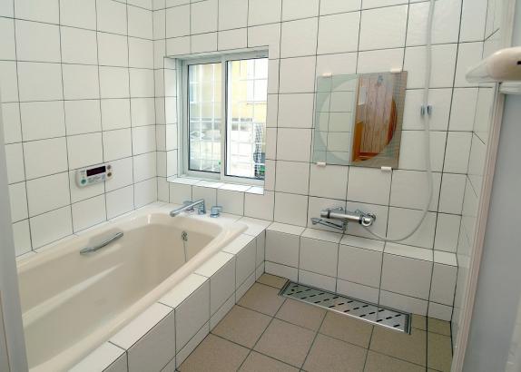 一度温まると冷めにくいホーローの浴槽