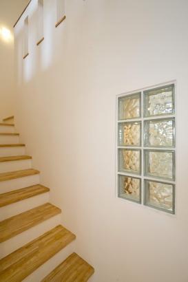 階段の明かり取り/ガラスブロック