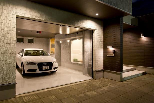 ビルトインガレージ 駐車スペース