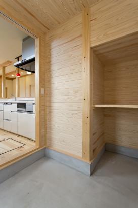 キッチン横土間