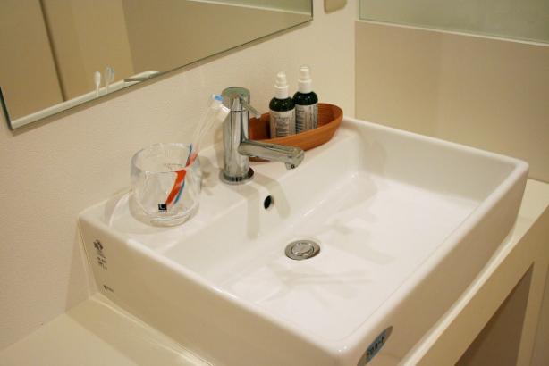 洗面|掃除や洗濯の起点になるのが洗面所。だからたくさんの収納を用意しました