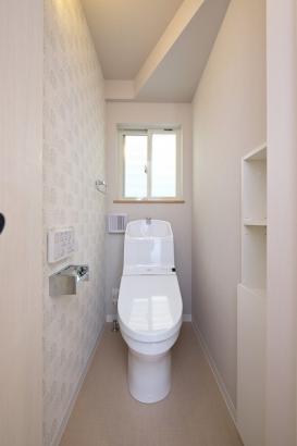 家計に助かる節水型のトイレ。