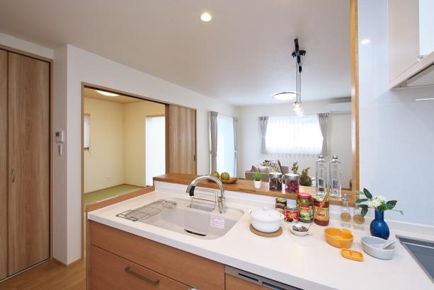 あると便利な食洗機付きキッチンで時短に。