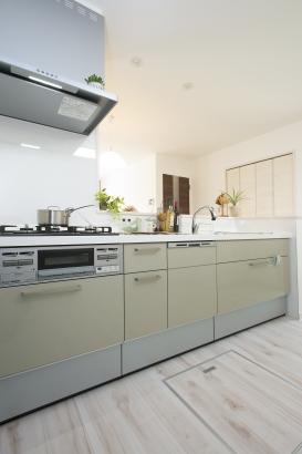 ストークガーデン曽根5号地-モデルハウス キッチン-