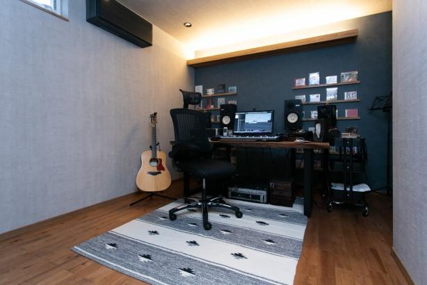 ご主人の仕事部屋であるスタジオ