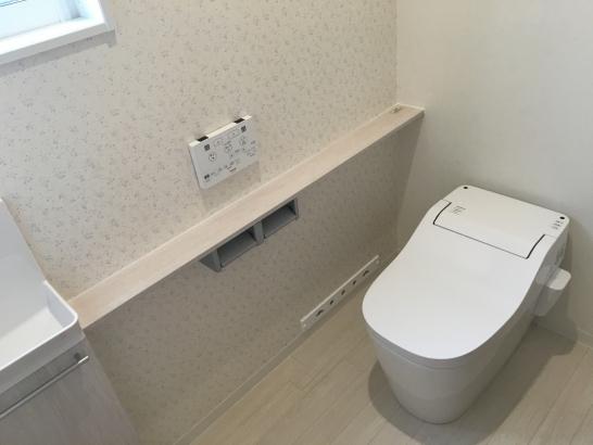 お掃除が楽なタンクレストイレ