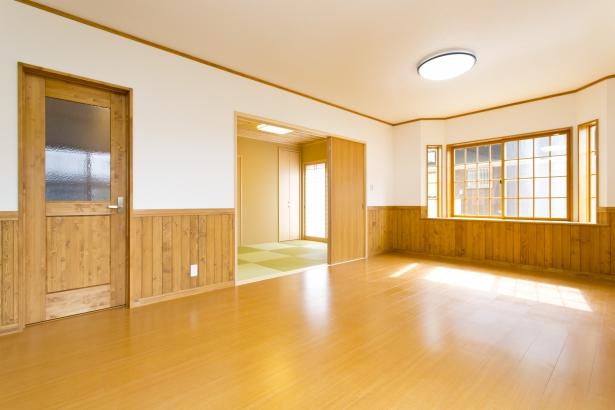 リビング+和室で広々空間