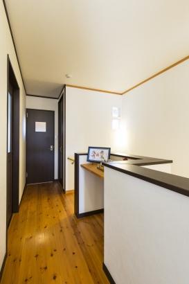 2階のフリースペースは用途に合わせて有効活用!