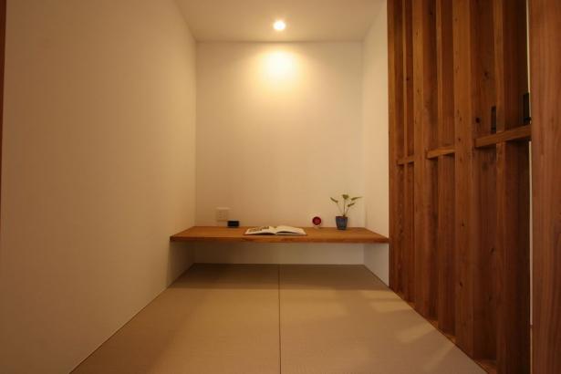 書斎にもなる和室