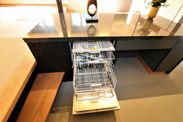 大容量のミーレー食洗器