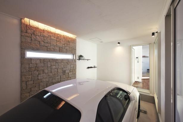 34坪 愛車を眺められるガレージ