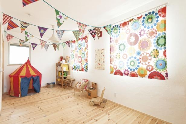 32坪 可愛らしいインテリアが映える子ども部屋