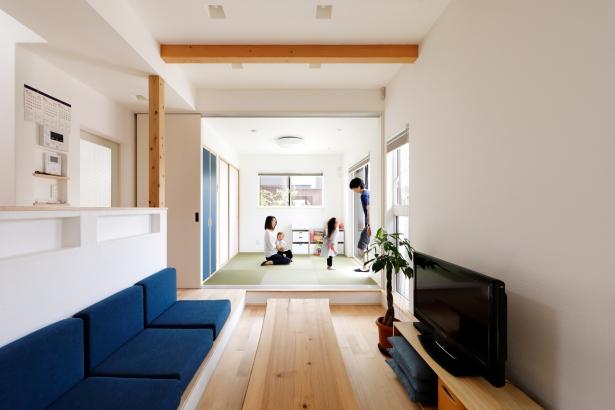 30坪 2000万円 リビングと一体化する和室