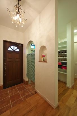 玄関 木製ドア シューズインクローゼット ウェスタンドア 収納