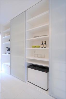 カップボード、キッチン、白