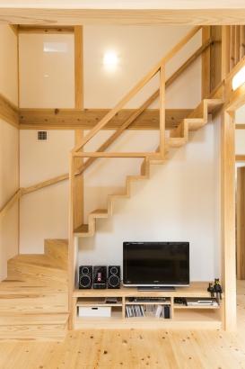 テレビボード / 造作階段