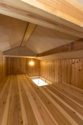 小屋裏収納庫