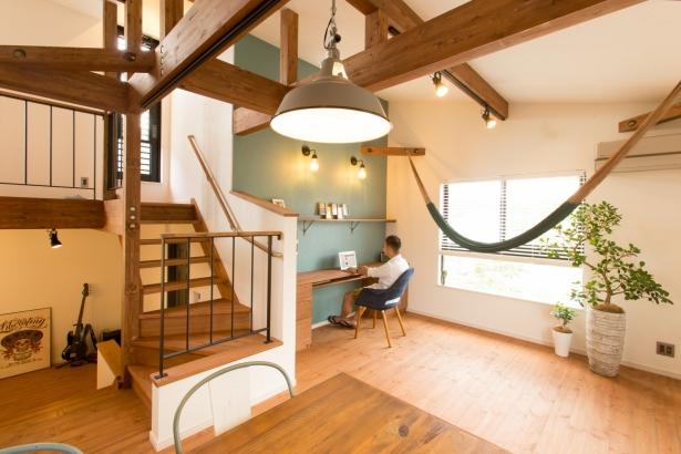 スキップフロアが生み出す空間と部屋の繋がり。