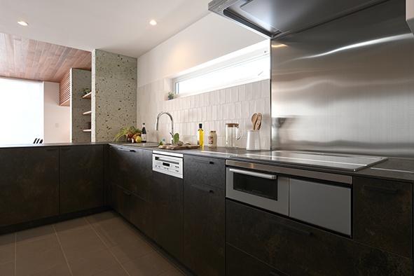 美透す家 キッチン