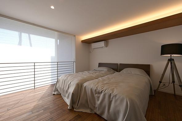 美透す家 寝室